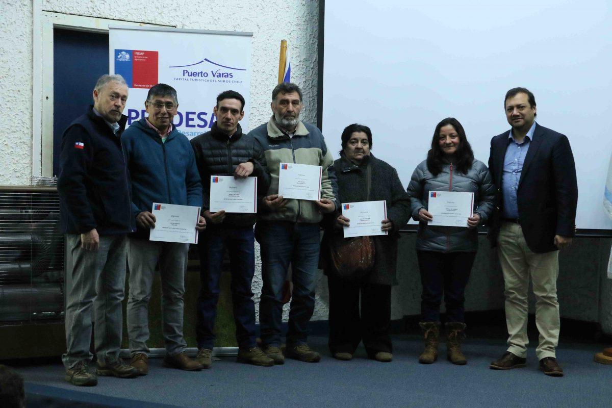 Diario Puerto Varas Campesinos de Puerto Varas reciben incentivos Prodesal