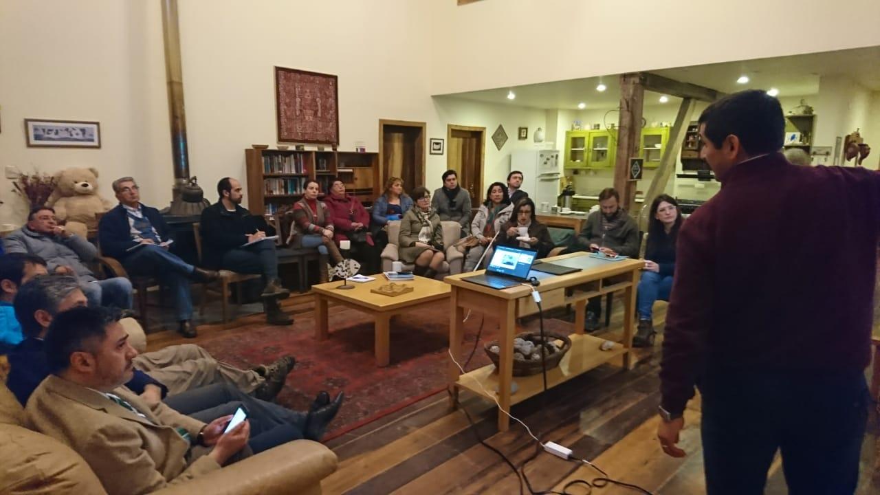 Diario Puerto Varas Reunión Essal y Organizaciones Sociales