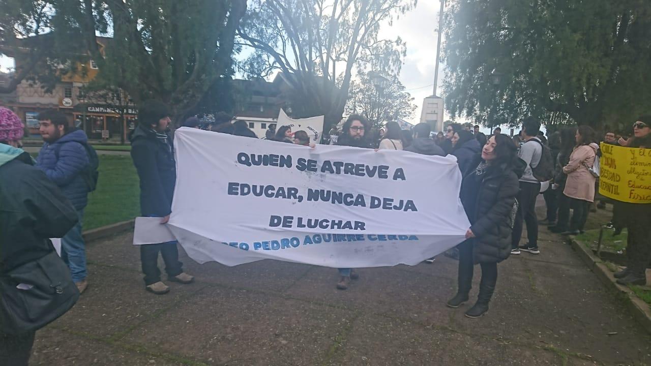 Profesores de Puerto Varas en paro - Diario Puerto Varas