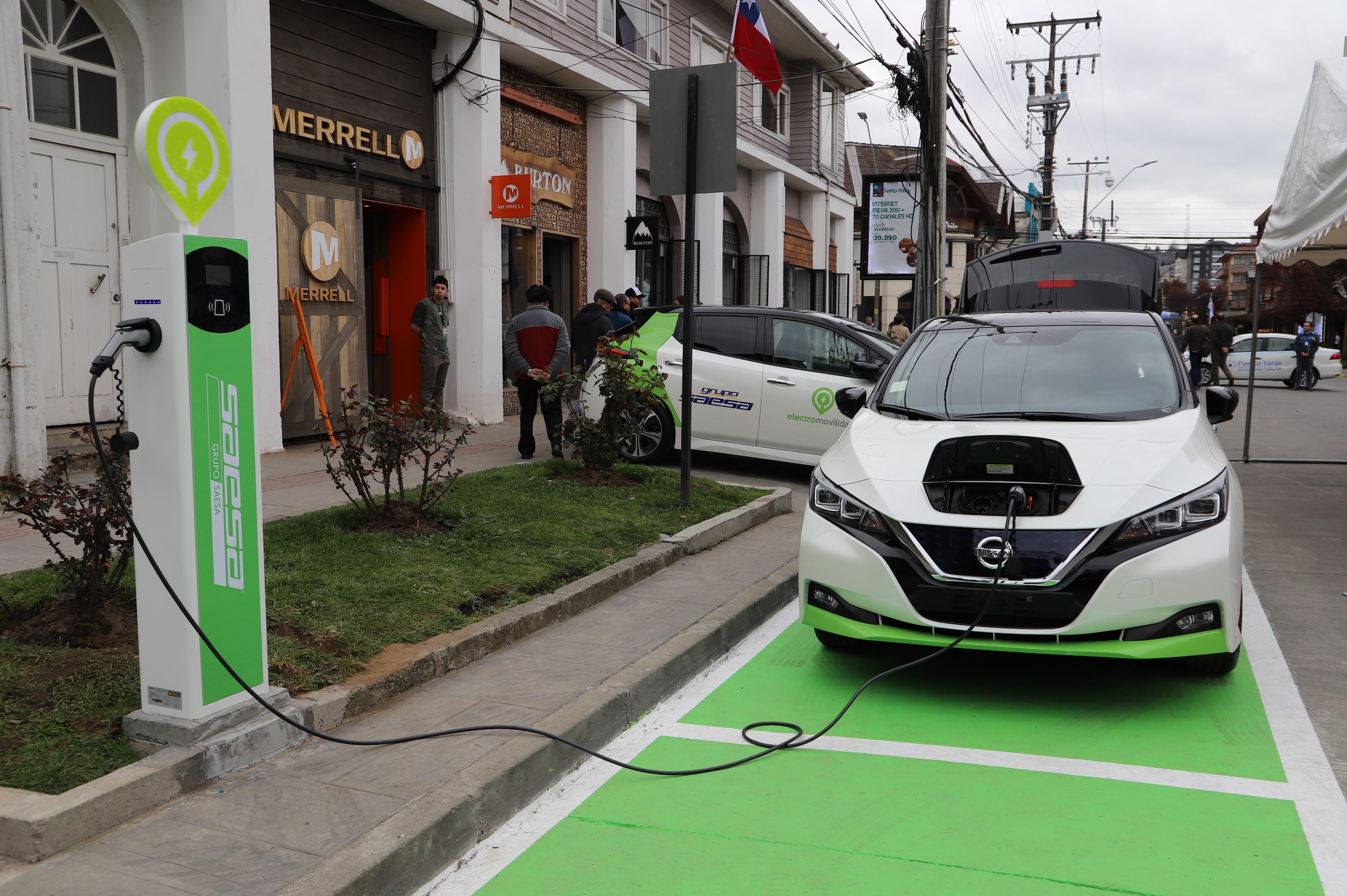 Primer punto de carga para autos eléctricos - Diario Puerto Varas