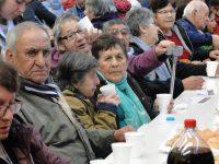 """Adultos mayores """"despidieron agosto"""" en Puerto Montt - Diario Puerto Varas"""